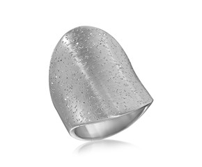 Stardust Textured Graduated Concave Ring in Rhodium Plated Sterling Silver