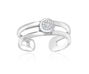 Cubic Zirconia Accented Cuff Toe Ring in 14K White Gold
